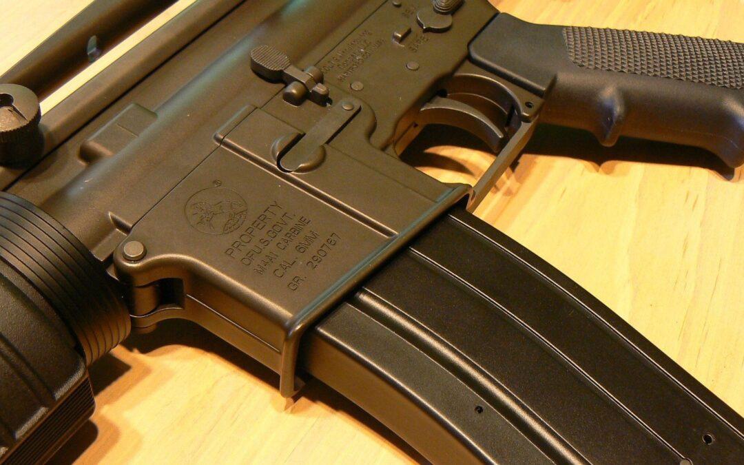 Gun 728958 1920